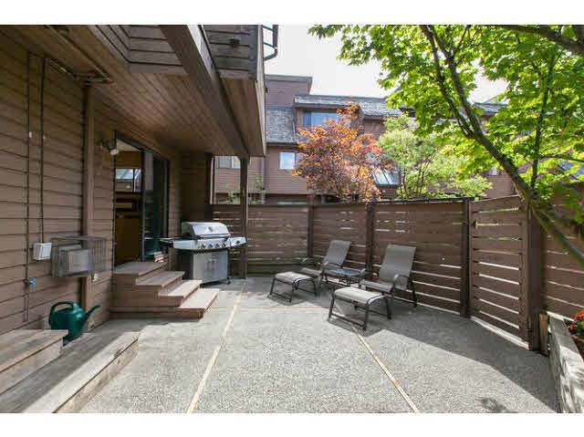 """Main Photo: 3345 MOUNTAIN Highway in North Vancouver: Lynn Valley Townhouse for sale in """"VILLAGE ON THE CREEK"""" : MLS®# V1141033"""