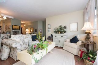Photo 3: 101 7070 West Saanich Rd in BRENTWOOD BAY: CS Brentwood Bay Condo for sale (Central Saanich)  : MLS®# 784095