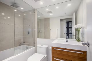 """Photo 15: 1907 1188 HOWE Street in Vancouver: Downtown VW Condo for sale in """"1188 Howe"""" (Vancouver West)  : MLS®# R2125945"""