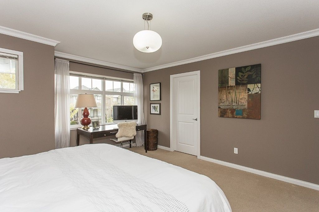 "Photo 25: Photos: 6 6785 193 Street in Surrey: Clayton Townhouse for sale in ""MADRONA"" (Cloverdale)  : MLS®# R2160056"
