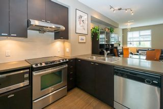 """Photo 3: 21 4099 NO. 4 Road in Richmond: West Cambie Townhouse for sale in """"Clifton"""" : MLS®# R2599692"""