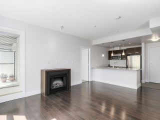 "Photo 3: 209 2957 GLEN Drive in Coquitlam: North Coquitlam Condo for sale in ""THE PARC"" : MLS®# R2163808"