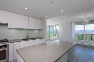 "Photo 3: 2603 6638 DUNBLANE Avenue in Burnaby: Metrotown Condo for sale in ""Midori"" (Burnaby South)  : MLS®# R2564598"