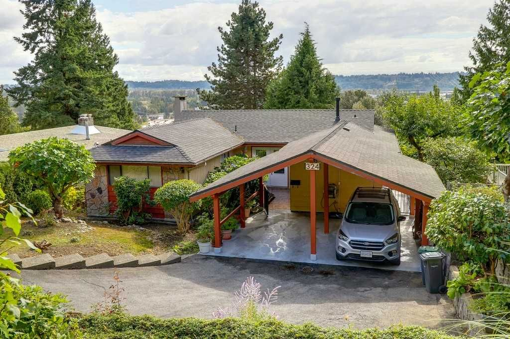Main Photo: 324 DARTMOOR DRIVE in Coquitlam: Coquitlam East House for sale : MLS®# R2207438