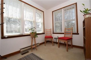 Photo 2: 19 Sherwood Place in Winnipeg: St Vital Residential for sale (2D)  : MLS®# 1812341