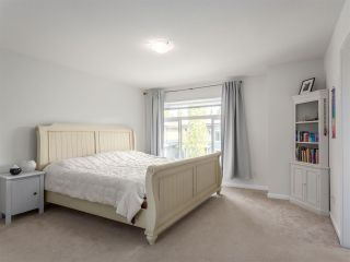 Photo 13: 22 40632 GOVERNMENT ROAD in Squamish: Brackendale Townhouse for sale : MLS®# R2189076
