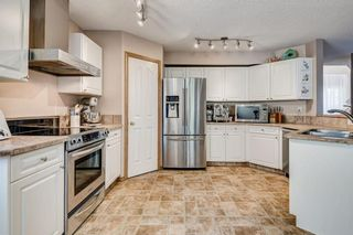 Photo 5: 12 SOMERGLEN Cove SW in Calgary: Somerset House for sale : MLS®# C4140822