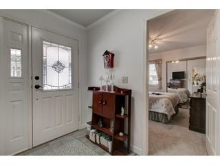 """Photo 4: 17 5550 LANGLEY Bypass in Langley: Langley City Townhouse for sale in """"Riverwynde"""" : MLS®# R2549482"""