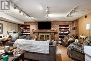 Photo 25: 379 LAKESHORE Road W in Oakville: House for sale : MLS®# 40175070