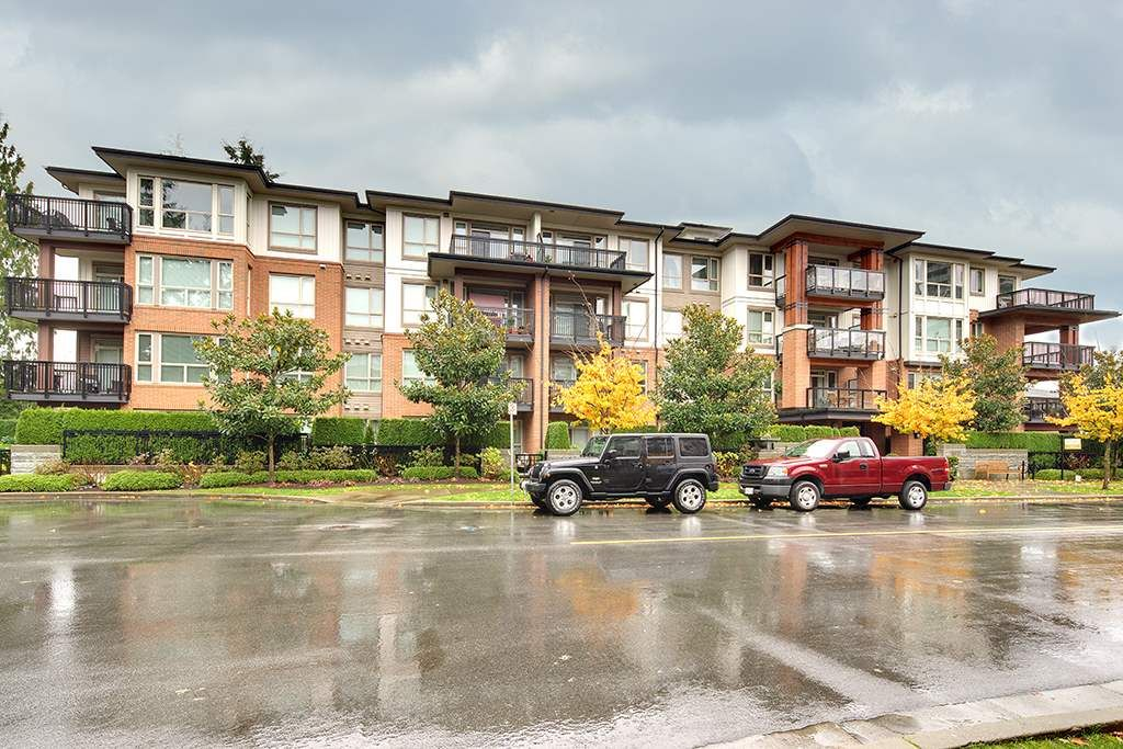 Main Photo: 205 1153 KENSAL PLACE in Coquitlam: New Horizons Condo for sale : MLS®# R2309910