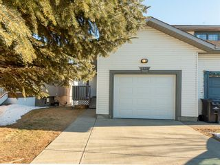 Photo 1: 1120 HIGH GLEN Place NW: High River Semi Detached for sale : MLS®# A1063184