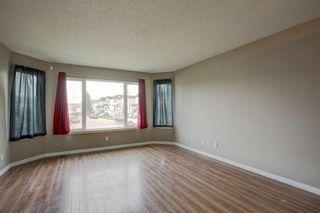 Photo 4: 187 Carmel Close NE in Calgary: Monterey Park Detached for sale : MLS®# A1138813