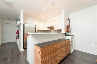 """Photo 10: 409 2181 W 12TH Avenue in Vancouver: Kitsilano Condo for sale in """"THE CARLINGS"""" (Vancouver West)  : MLS®# R2109924"""
