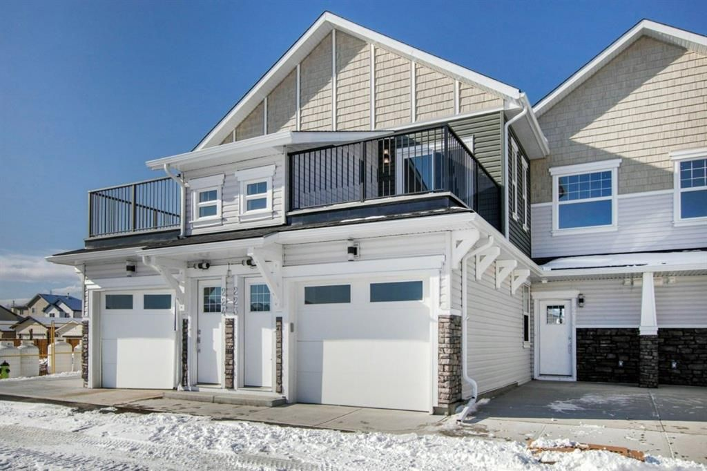 Main Photo: 502 115 Sagewood Drive: Airdrie Row/Townhouse for sale : MLS®# A1077274