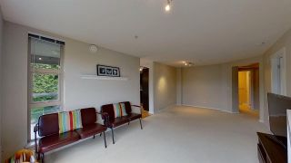 Photo 3: 416 9319 UNIVERSITY Crescent in Burnaby: Simon Fraser Univer. Condo for sale (Burnaby North)  : MLS®# R2575463