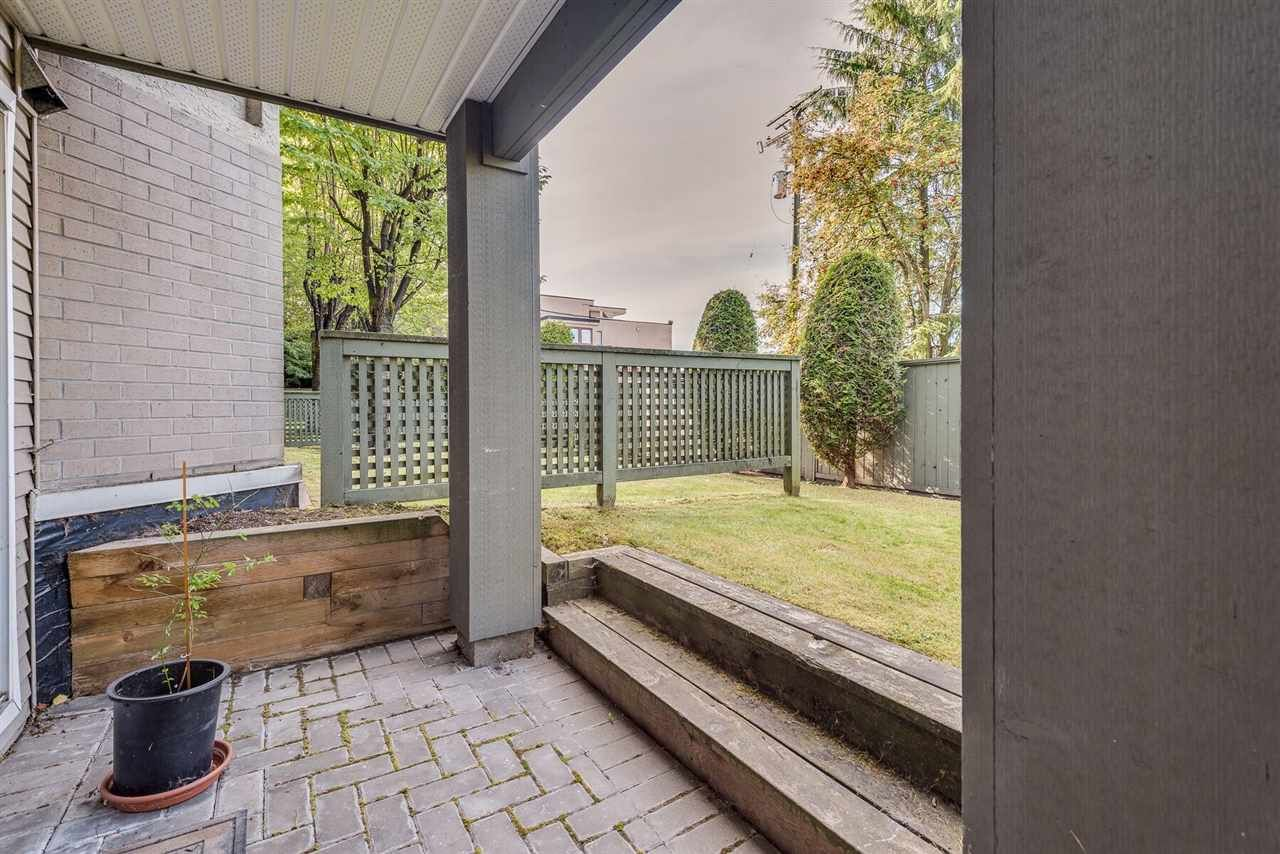 """Photo 14: Photos: 108 3733 NORFOLK Street in Burnaby: Central BN Condo for sale in """"Winchelsea"""" (Burnaby North)  : MLS®# R2400393"""