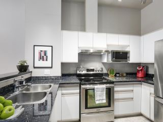 Photo 4: 4 3586 RAINIER PLACE in Vancouver: Champlain Heights Townhouse for sale (Vancouver East)  : MLS®# R2150720