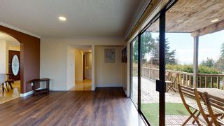 """Photo 10: 5157 RADCLIFFE Road in Sechelt: Sechelt District House for sale in """"Selma Park"""" (Sunshine Coast)  : MLS®# R2555636"""