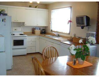 Photo 6: 793 LAXDAL Road in WINNIPEG: Charleswood Residential for sale (South Winnipeg)  : MLS®# 2822685