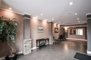"Photo 2: 308 33338 MAYFAIR Avenue in Abbotsford: Central Abbotsford Condo for sale in ""The Sterling"" : MLS®# R2356695"