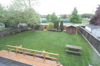 "Photo 13: 4527 222A Street in Langley: Murrayville House for sale in ""Murrayville"" : MLS®# R2268496"