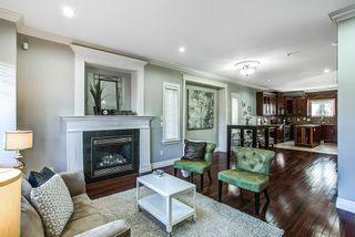"Photo 2: 24318 102 Avenue in Maple Ridge: Albion House for sale in ""Castle Brook"" : MLS®# R2126861"