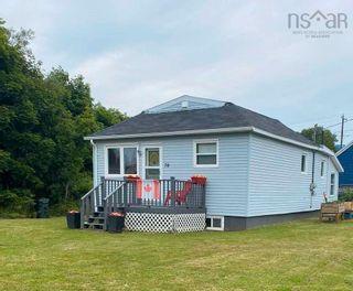 Photo 3: 70 Borden Street in Sydney: 201-Sydney Residential for sale (Cape Breton)  : MLS®# 202121190