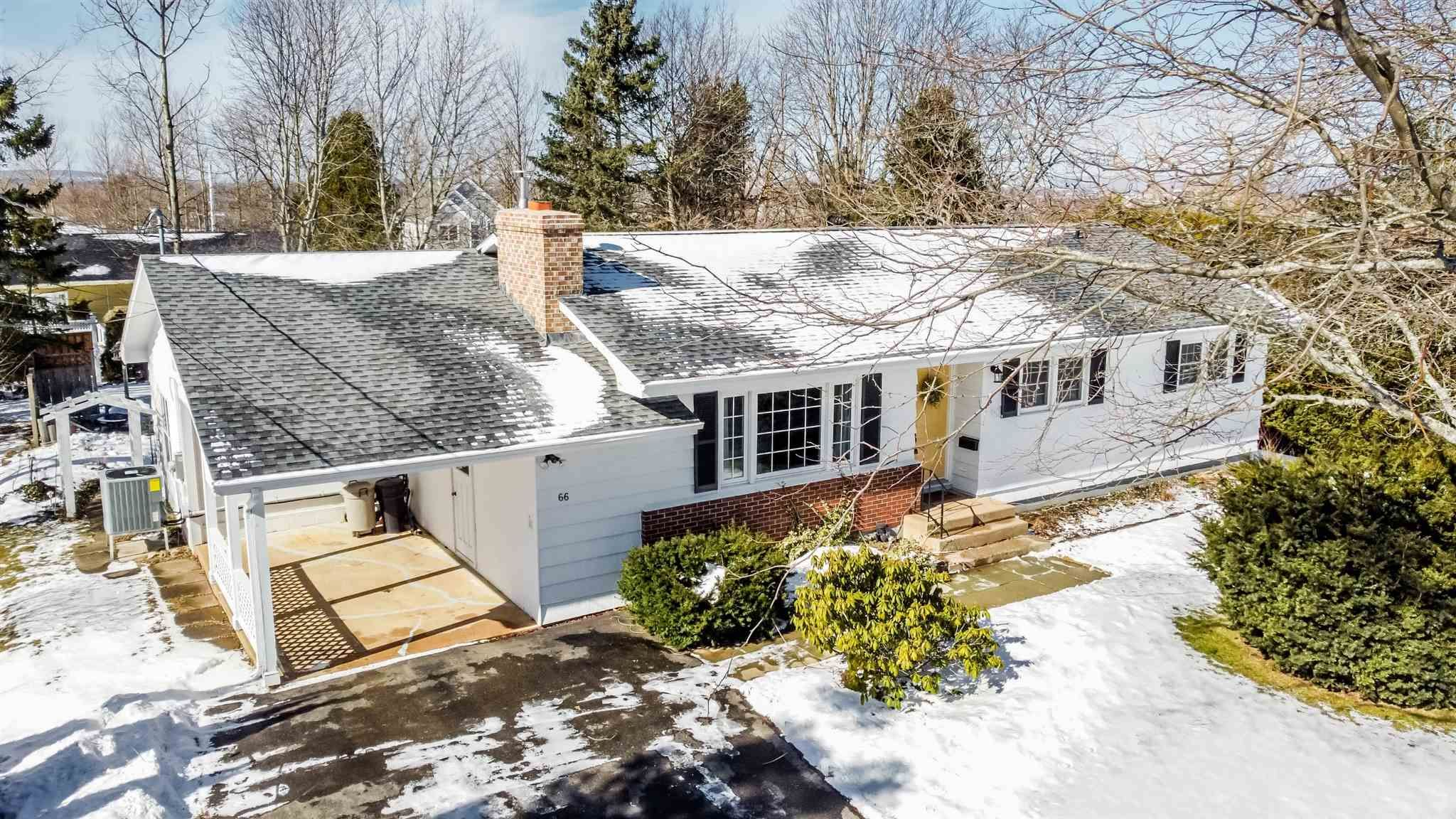 Main Photo: 66 Chestnut Avenue in Wolfville: 404-Kings County Residential for sale (Annapolis Valley)  : MLS®# 202103928