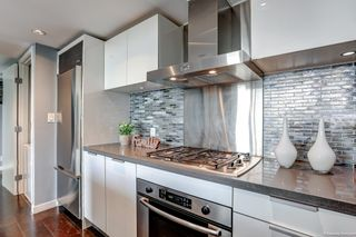 """Photo 5: 2108 788 RICHARDS Street in Vancouver: Downtown VW Condo for sale in """"L'HERMITAGE"""" (Vancouver West)  : MLS®# R2618878"""