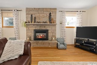 Photo 4: 240 East Place in Saskatoon: Eastview SA Residential for sale : MLS®# SK842077