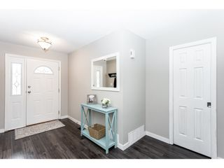 """Photo 17: 35443 LETHBRIDGE Drive in Abbotsford: Abbotsford East House for sale in """"Sandyhill"""" : MLS®# R2378218"""