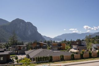 """Photo 27: 2211 CRUMPIT WOODS Drive in Squamish: Valleycliffe House for sale in """"Crumpit Woods"""" : MLS®# R2494676"""