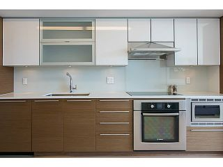 """Photo 5: 509 1635 W 3RD Avenue in Vancouver: False Creek Condo for sale in """"THE LUMEN"""" (Vancouver West)  : MLS®# V1026731"""
