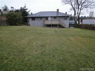 Photo 16: 580 Peto Place in Victoria: SW Glanford House for sale (Saanich West)