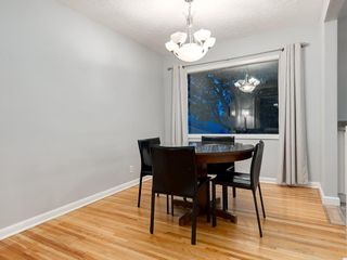 Photo 7: 32 GREENWOOD Crescent SW in Calgary: Glamorgan Detached for sale : MLS®# C4301790