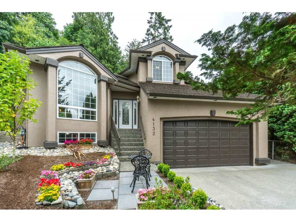 Main Photo: 4132 BELANGER Drive in Abbotsford: Abbotsford East House for sale : MLS®# R2294976