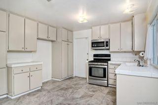 Photo 6: RANCHO PENASQUITOS House for sale : 3 bedrooms : 13035 Calle De Los Ninos in San Diego