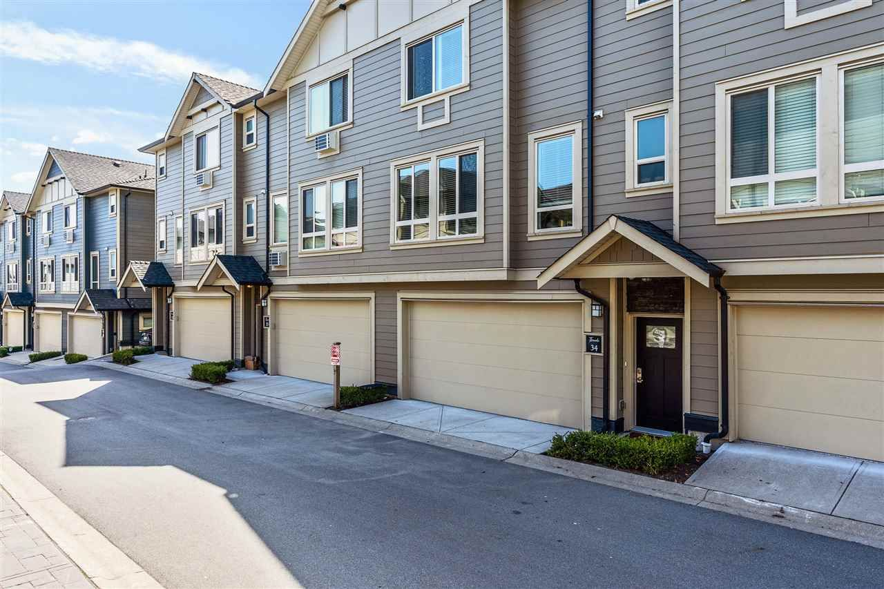 """Main Photo: 34 19913 70 Avenue in Langley: Willoughby Heights Townhouse for sale in """"THE BROOKS"""" : MLS®# R2561818"""
