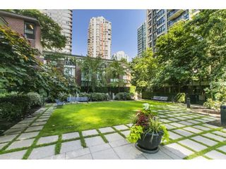 """Photo 25: 1301 928 HOMER Street in Vancouver: Yaletown Condo for sale in """"Yaletown Park 1"""" (Vancouver West)  : MLS®# R2605700"""
