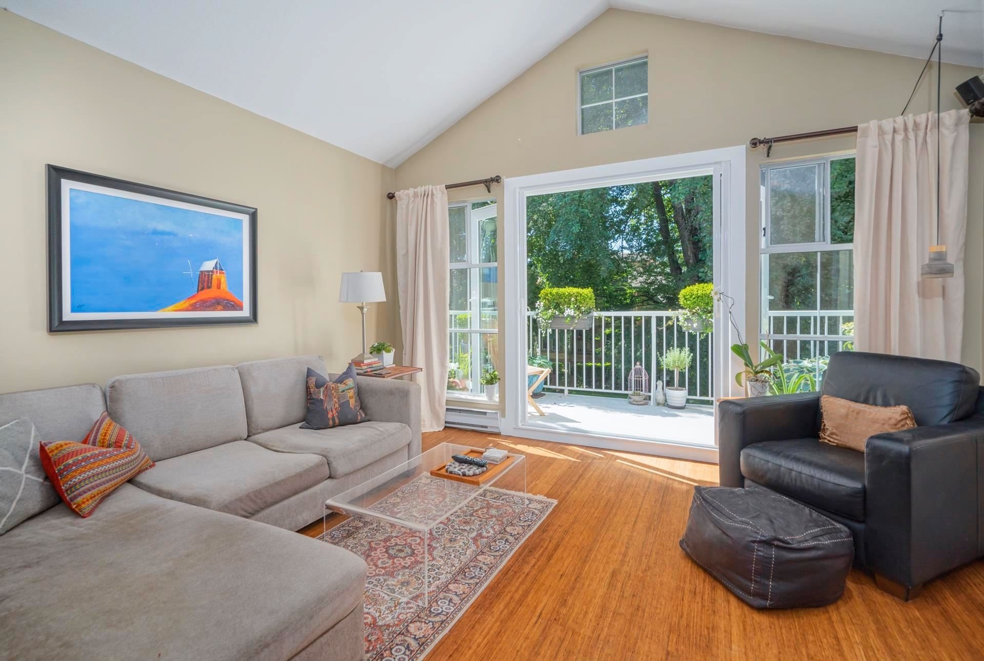 """Main Photo: 301 655 W 13TH Avenue in Vancouver: Fairview VW Condo for sale in """"Tiffany Mansion"""" (Vancouver West)  : MLS®# R2598005"""
