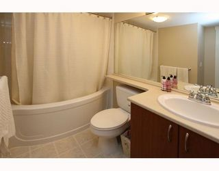 Photo 5: 404 9283 GOVERNMENT Street in Burnaby: Government Road Condo for sale (Burnaby North)  : MLS®# V805967