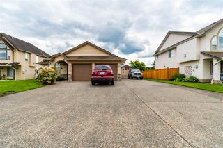 Photo 2: 46368 RANCHERO Drive in Chilliwack: Sardis East Vedder Rd House for sale (Sardis)  : MLS®# R2578548