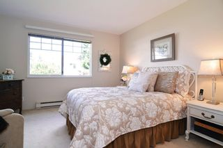"Photo 13: 136 8737 212TH Street in Langley: Walnut Grove Townhouse for sale in ""Chartwell Green"" : MLS®# R2072695"