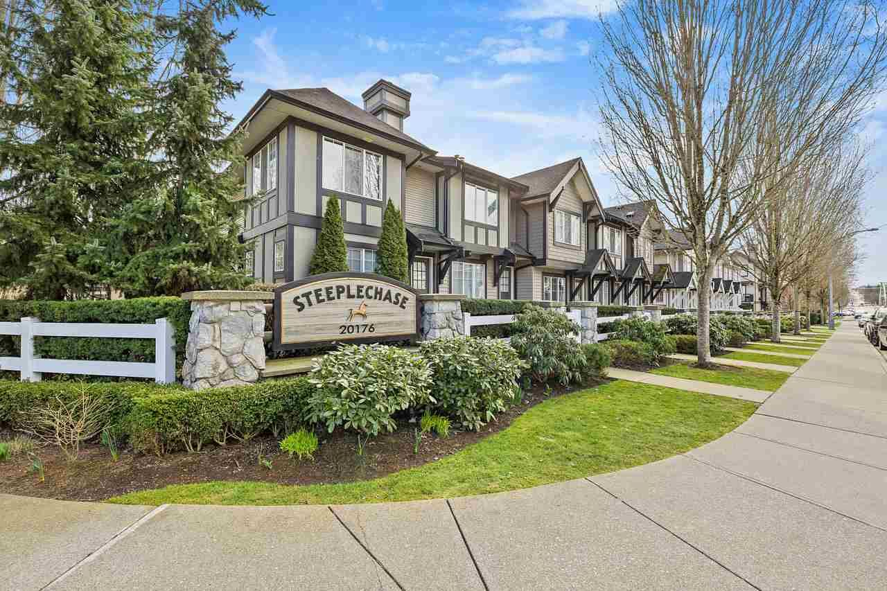 "Main Photo: 87 20176 68 Avenue in Langley: Willoughby Heights Townhouse for sale in ""STEEPLECHASE"" : MLS®# R2553280"