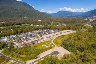 """Photo 2: 39208 WOODPECKER Place in Squamish: Brennan Center Land for sale in """"Ravenswood"""" : MLS®# R2409537"""