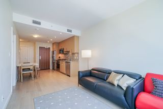 Photo 4: 911 38 W 1ST AVENUE in Vancouver: False Creek Condo for sale (Vancouver West)  : MLS®# R2492944