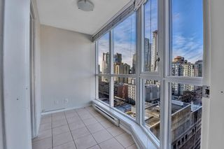 """Photo 1: 1502 1199 SEYMOUR Street in Vancouver: Downtown VW Condo for sale in """"BRAVA"""" (Vancouver West)  : MLS®# R2534409"""