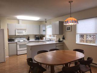 Photo 5: 5686 CREEKSIDE Place in Sechelt: Sechelt District House for sale (Sunshine Coast)  : MLS®# R2515711