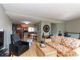Photo 6: 55 4061 Larchwood Dr in VICTORIA: SE Lambrick Park Row/Townhouse for sale (Saanich East)  : MLS®# 759475