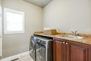 """Photo 17: 19664 71A Avenue in Langley: Willoughby Heights House for sale in """"Willoughby"""" : MLS®# R2559298"""